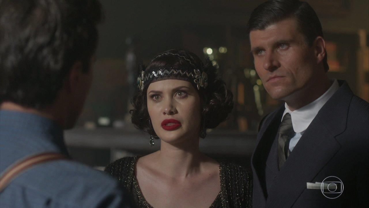 Reveja a cena quando o marido de Carolina de Sobral aparece e surpreende Vicente
