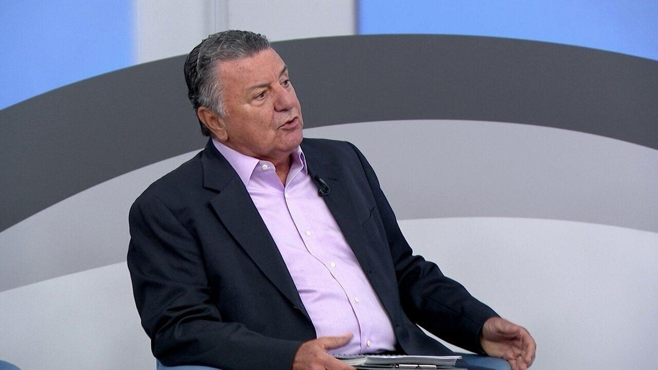 Arnaldo Cezar Coelho diz que faltou coragem a árbitro para marcar pênalti em Jô