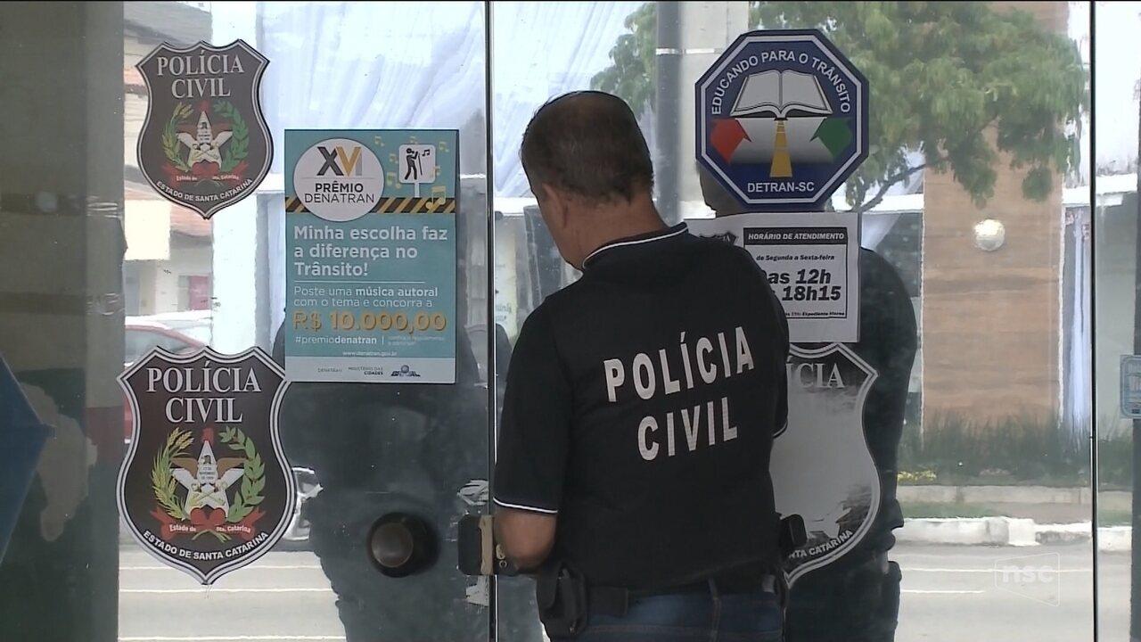 Nove são presos em operação contra fraudes na emissão de CNHs em SC
