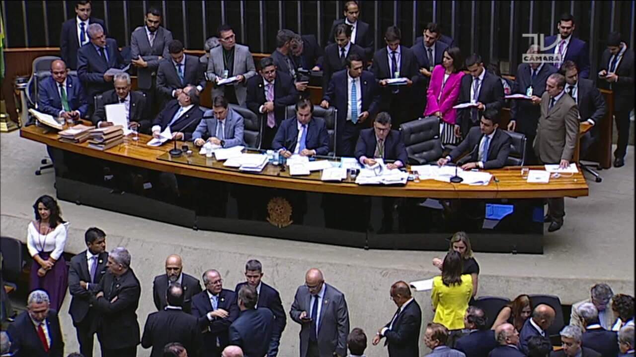 Câmara rejeita segunda denúncia contra Michel Temer