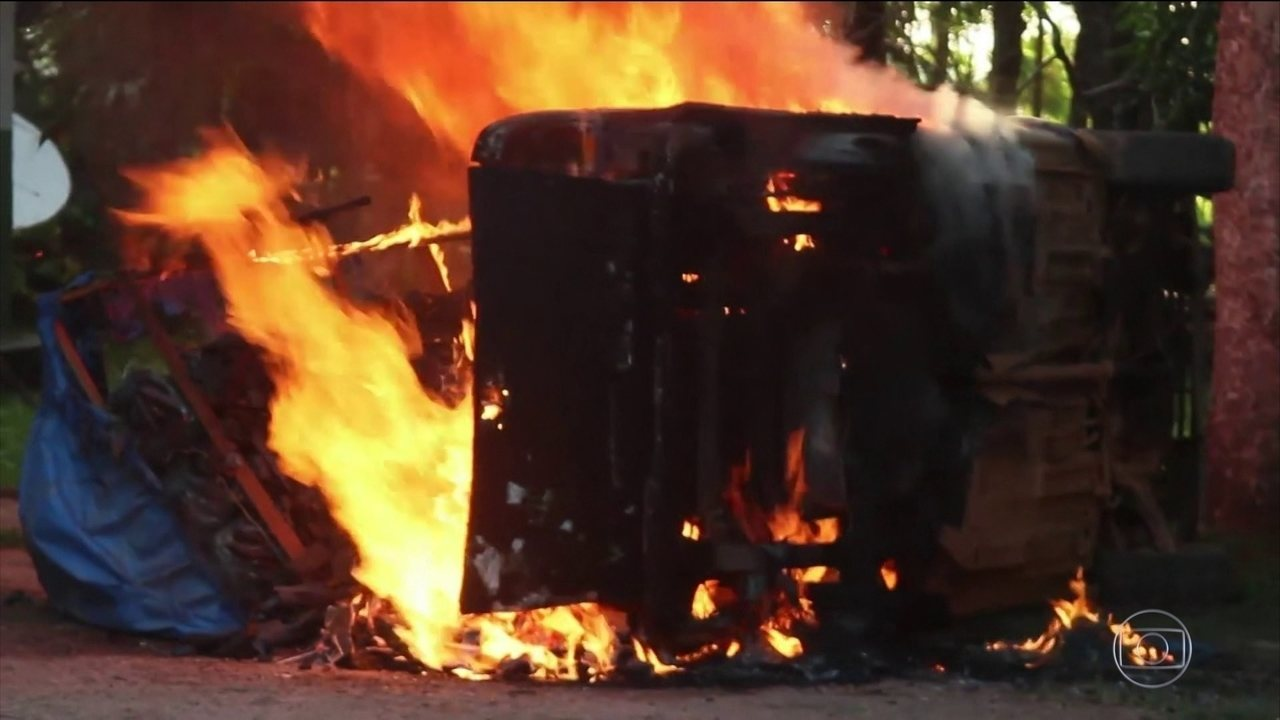 Criminosos incendeiam sede do Ibama e do Instituto Chico Mendes no Amazonas