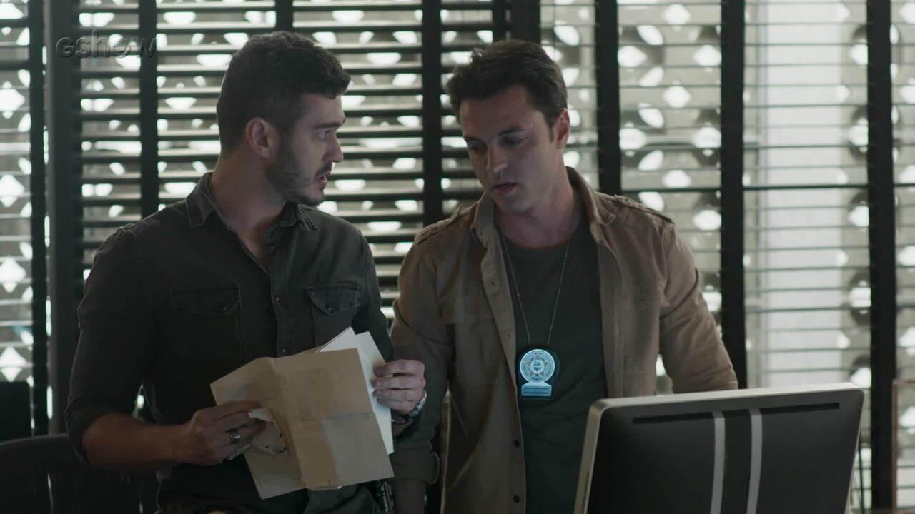 Pega Pega: Domênico encontra documento suspeito na pasta de Eric