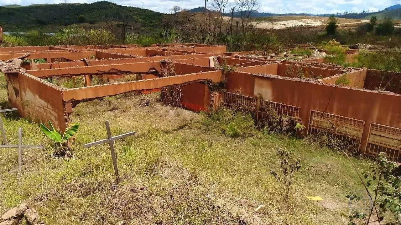 Dois anos do desastre em Mariana são lembrados com emoção e protesto