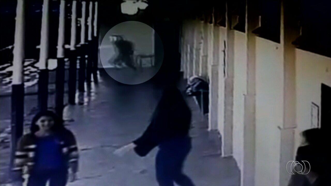 Vídeo mostra correria após menina ser morta em escola; atirador diz não estar arrependido