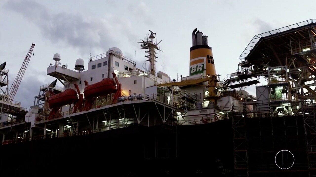 'Petróleo, riqueza explorada' fala do leilão dos novos blocos de exploração do petróleo