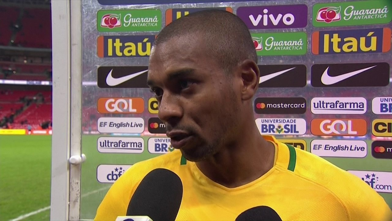 Fernandinho avalia amistoso contra a Inglaterra:
