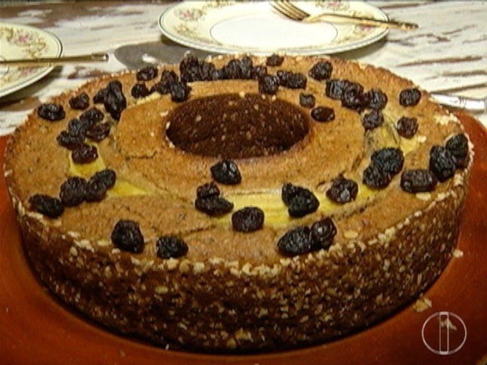 Quadro Segredos e Sabores ensina a fazer um saudável e delicioso bolo