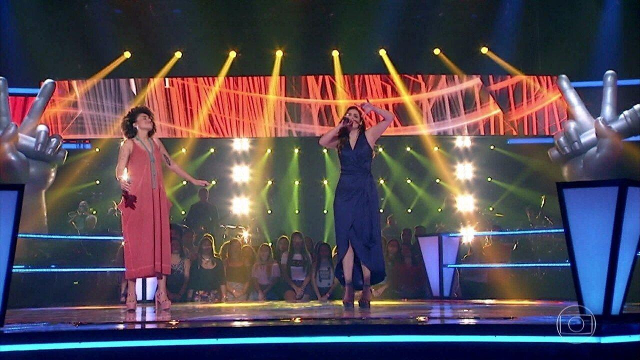 "Manoela Ferreira e Mariana Volker cantam ""O Quereres"""