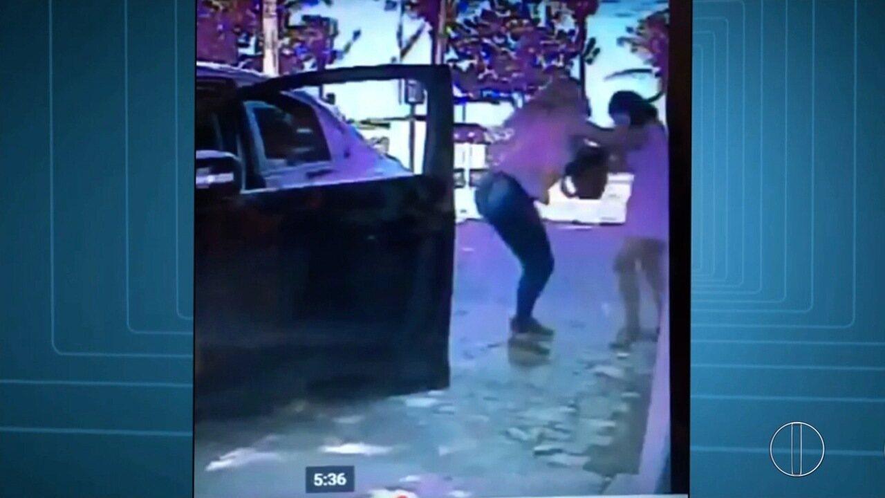 Vídeo mostra momento da briga de empresária esfaqueada em Macaé, no RJ