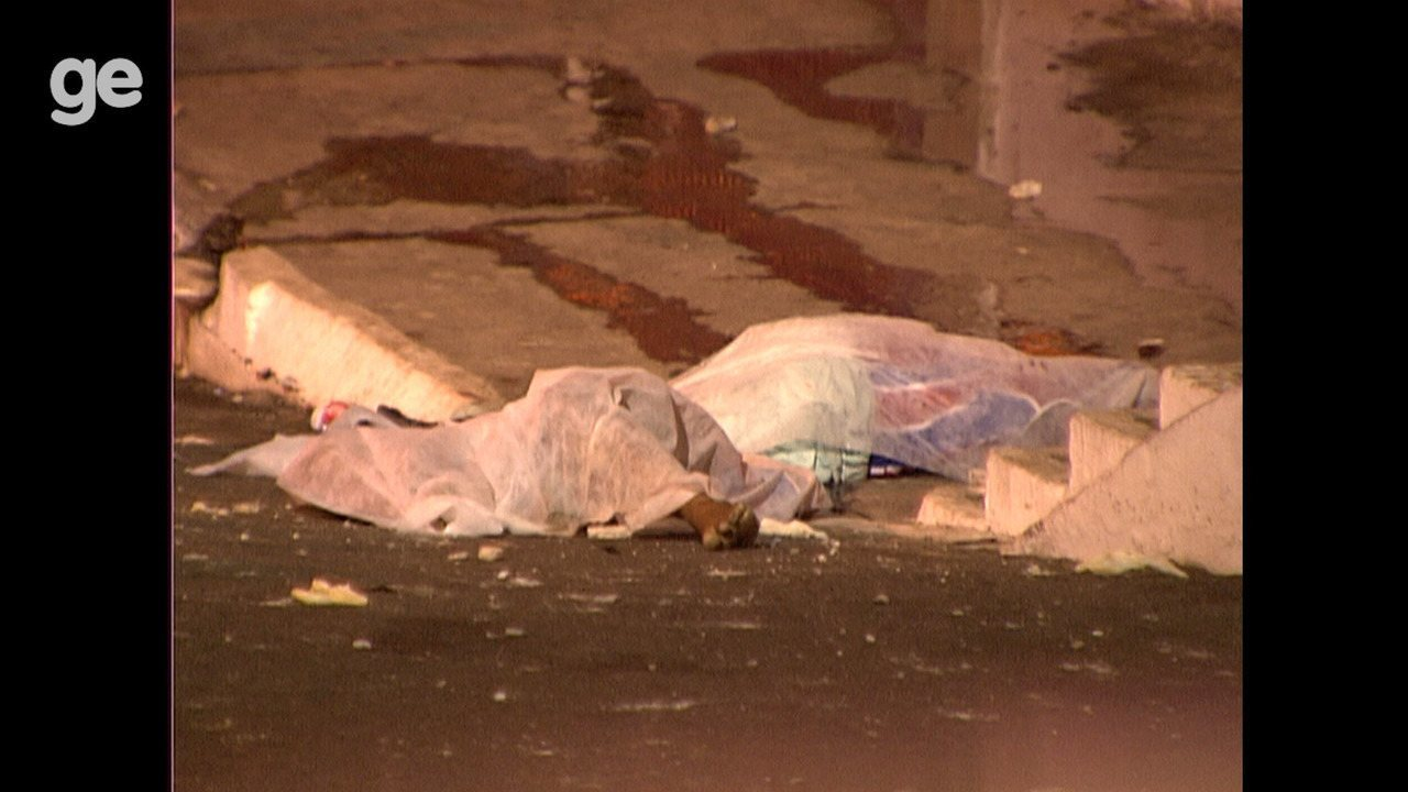 Dez anos de tragédia na Fonte Nova: veja a reportagem sobre o desabamento da arquibancada