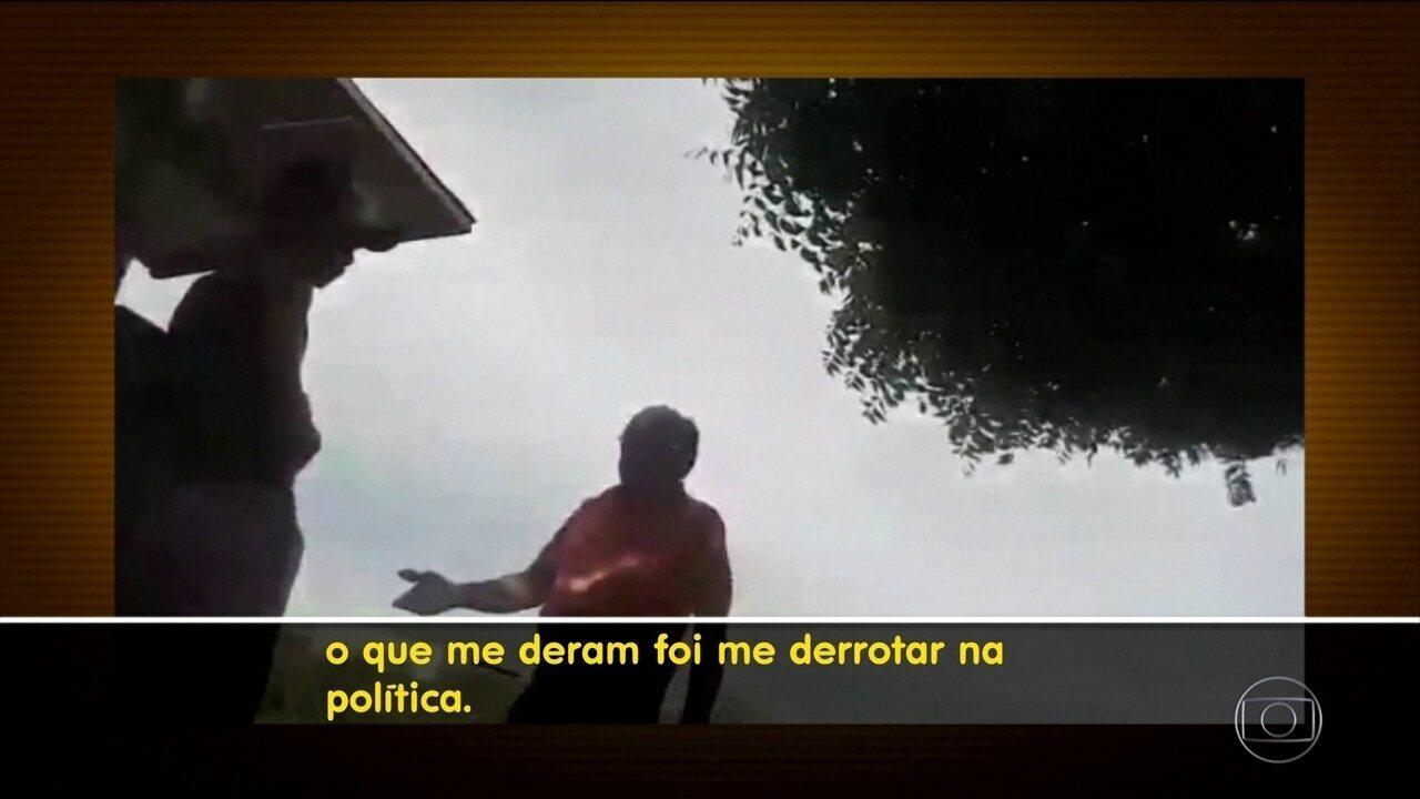 Candidato derrotado se vinga tirando caixa d'água que doara a eleitores