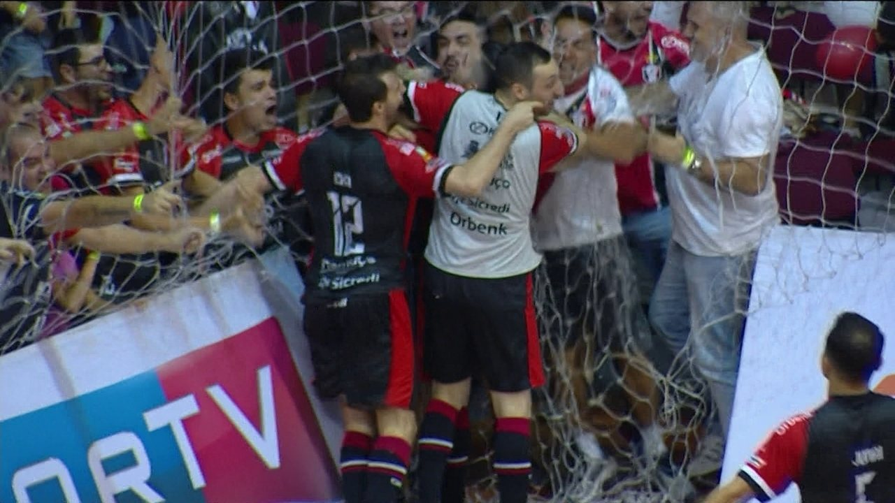 Os gols de Joinville 2 x 2 Assoeva pela decisão da Liga Nacional de Futsal