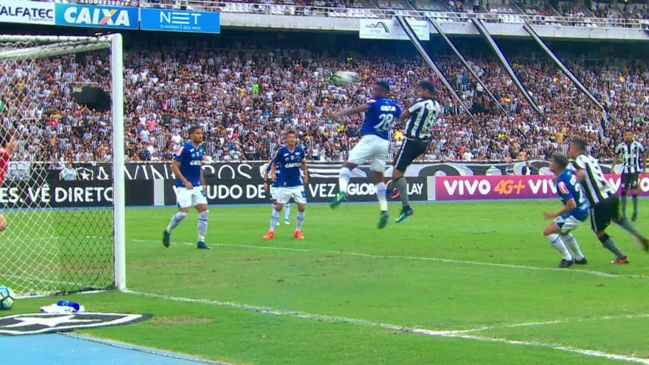 Melhores momentos de Botafogo 2 x 2 Cruzeiro pela 38ª rodada do Campeonato Brasileiro 2017