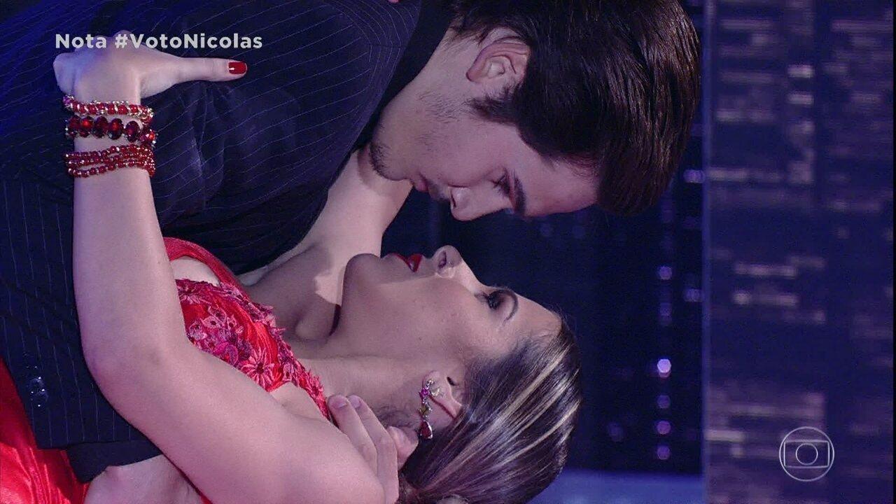 Nicolas Prattes anima a plateia dançando o tango
