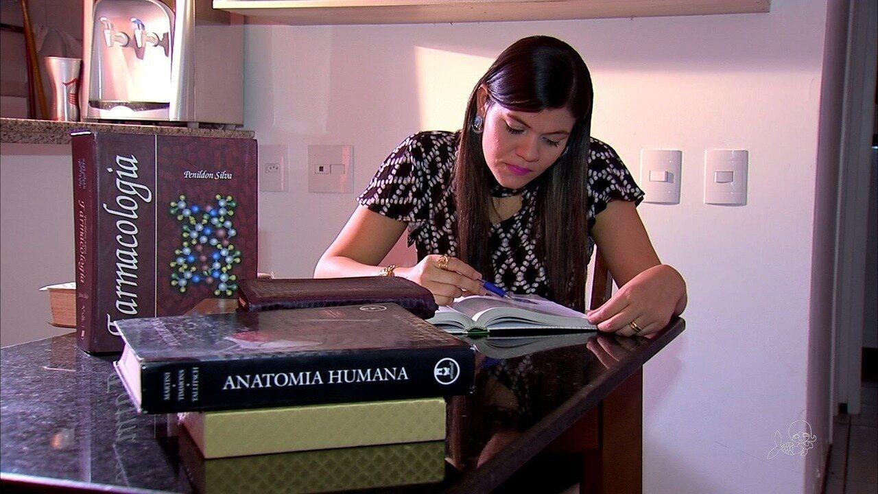 Mais jovem doutora do Brasil obteve título aos 26 anos