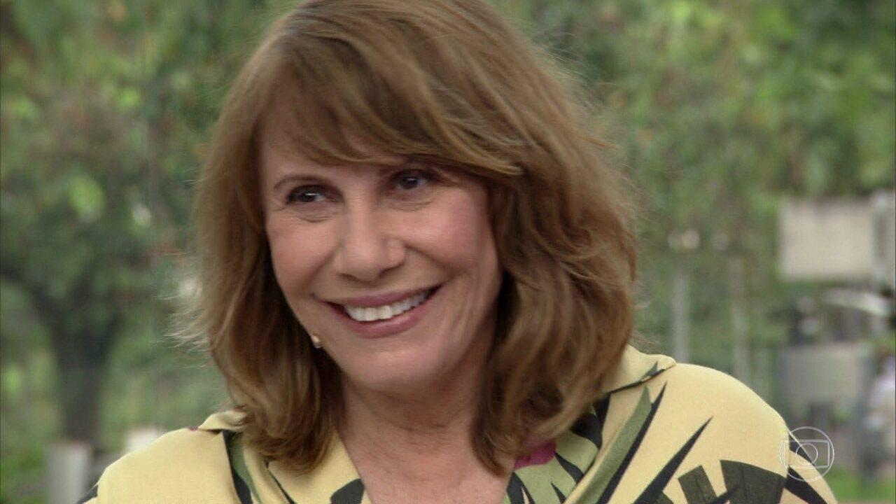 Renata Sorrah revisita carreira no 'Meu Vídeo é um Show'