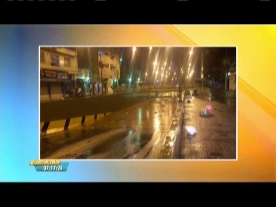 Chuva forte atinge Governador Valadares e região, alaga vias e causa transtornos