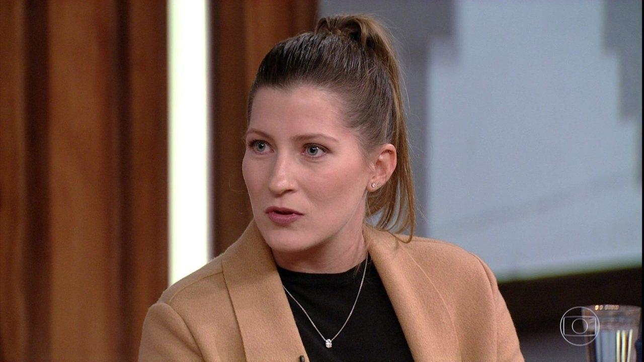 Ana Sarkovas, do Sistema B, também conversa com Pedro Bial