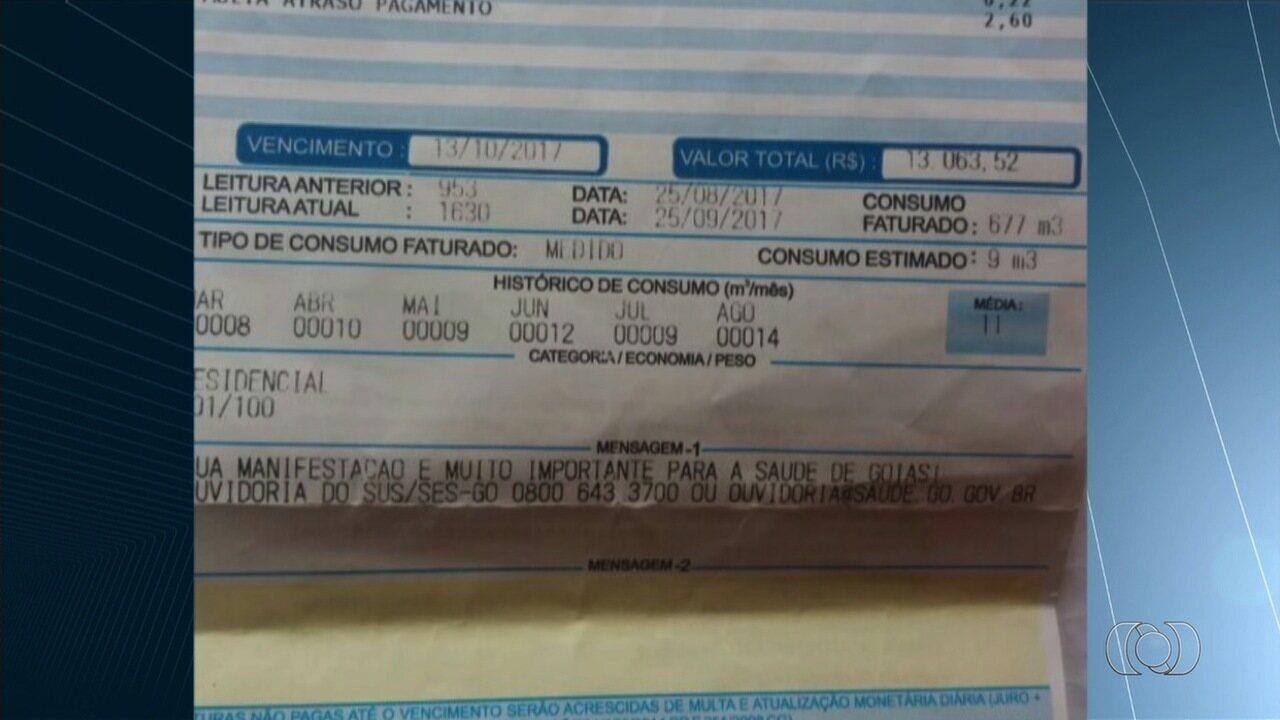 Idosas recebem conta de água com valor que ultrapassa R$ 13 mil, em Aparecida de Goiânia