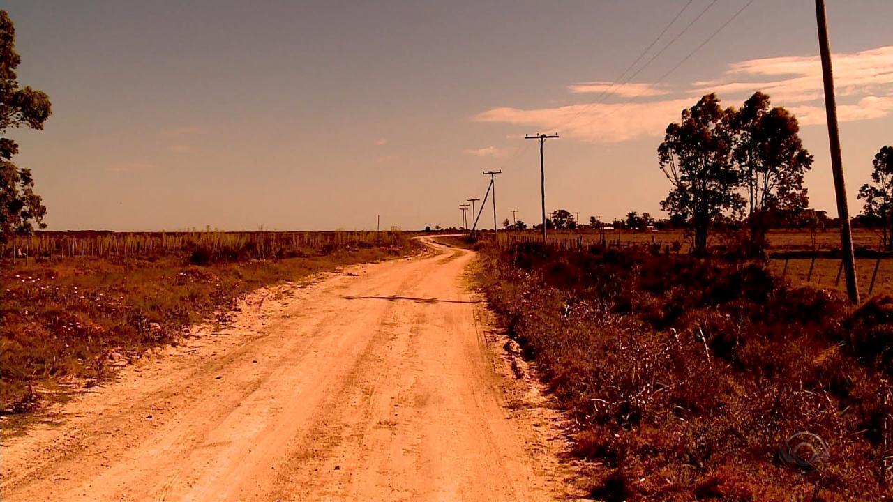 Rotas alternativas são usadas no contrabando de mercadorias na região de fronteira do RS