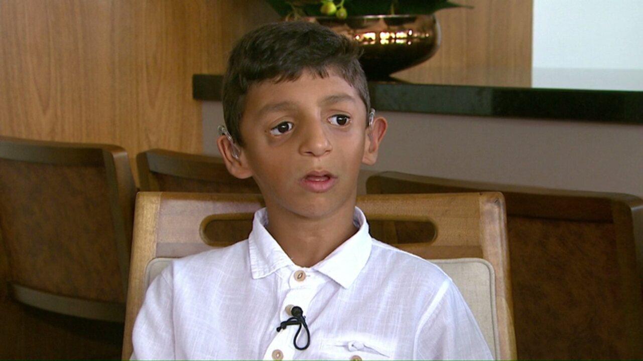 'Ter forças para vencer', ensina menino com mesma síndrome retratada em 'Extraordinário'