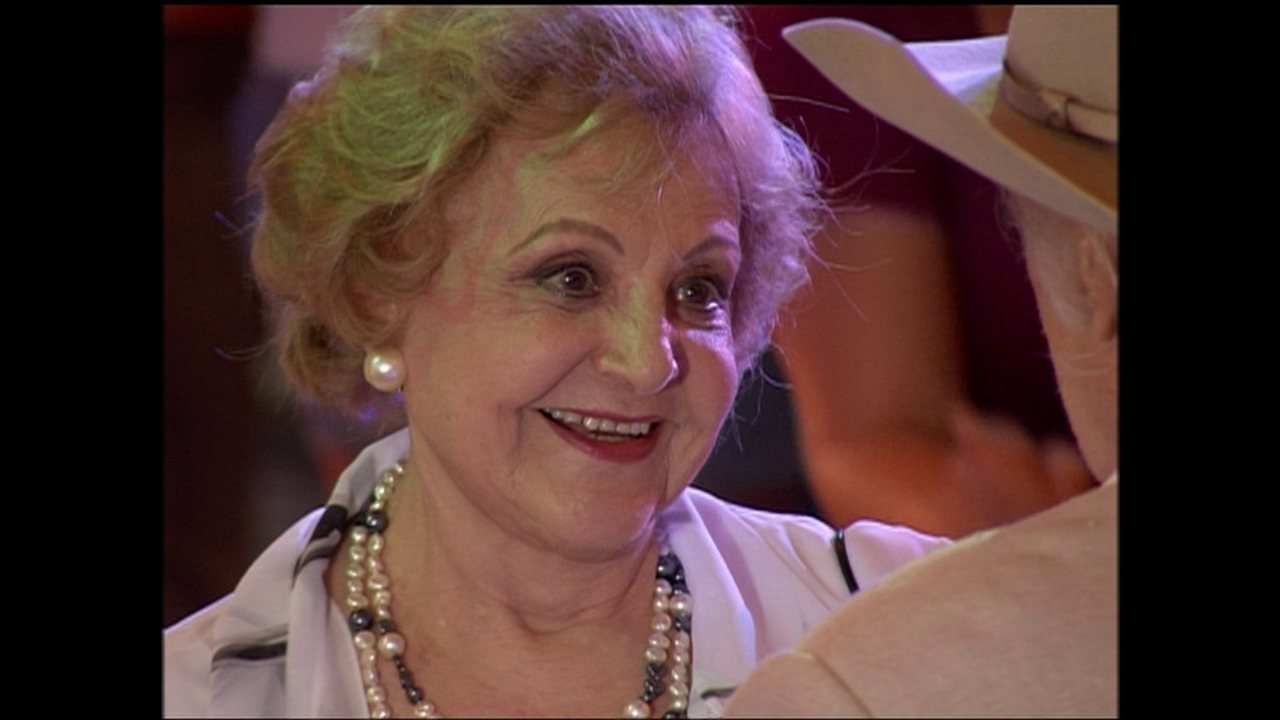 Eva Todor interpreta Miss Jane, em 'América'