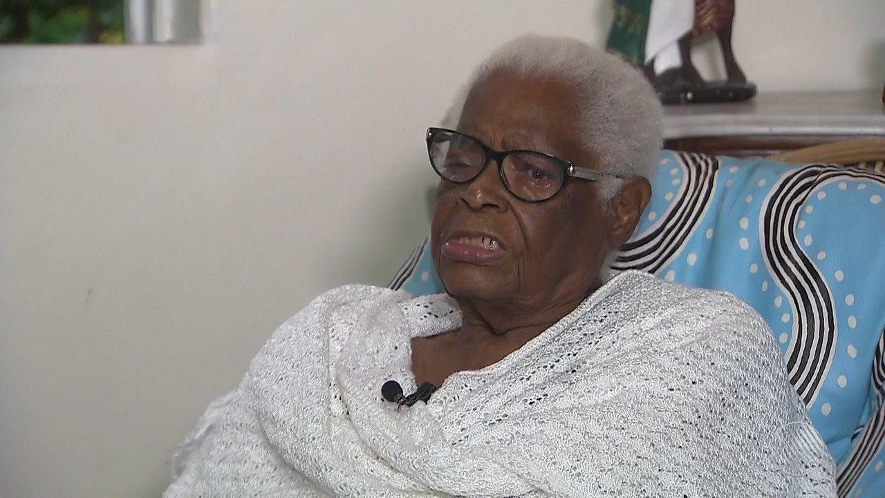 Mãe Stella de Oxóssi se muda para Nazaré após desentendimento com integrantes de terreiro