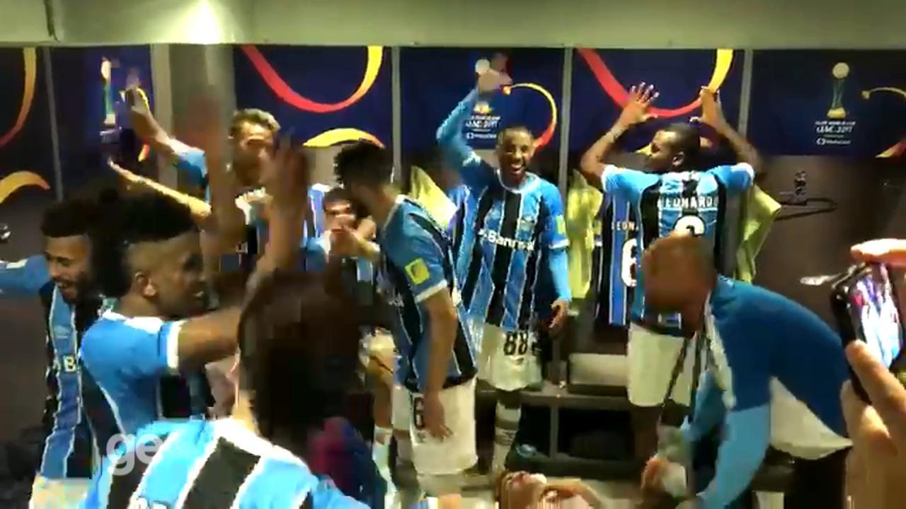 Jogadores comemoram após vitória do Grêmio contra o Pachuca