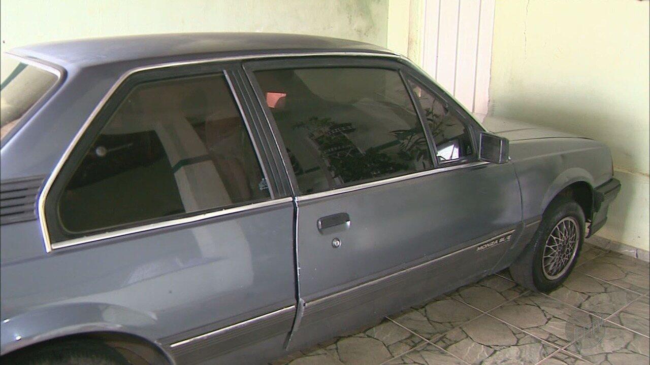 Dono encontra carro furtado após dez anos em Franca, SP