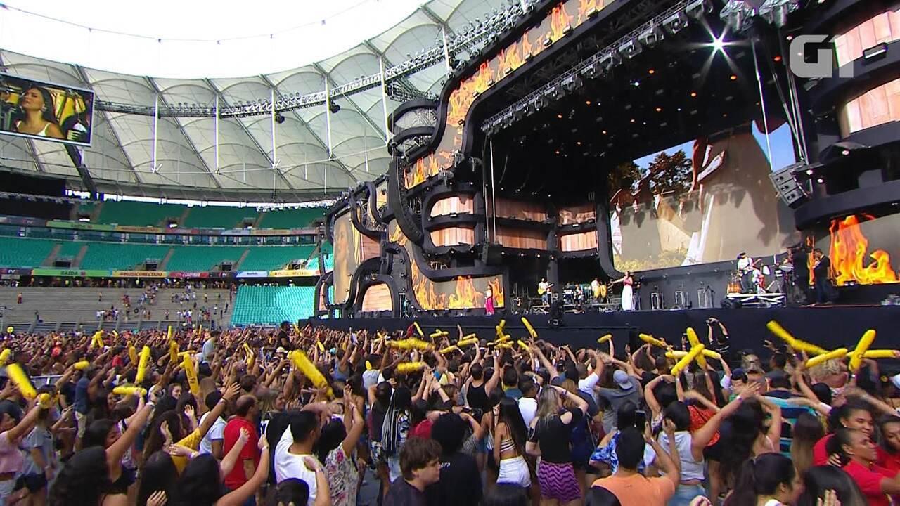 Festival de Verão :Simone e Simaria sobem ao palco ao som de 'Regime Fechado'