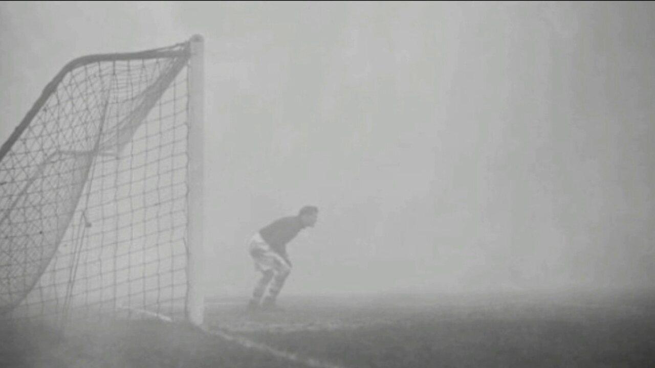 Episódio histórico de goleiro esquecido na neblina completa 80 anos