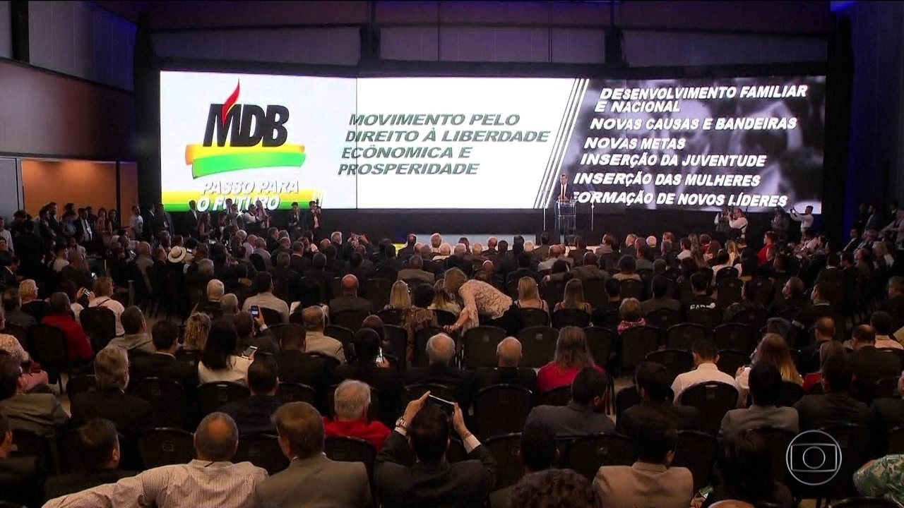 PMDB tira o P para minimizar desgaste político e volta a ser MDB