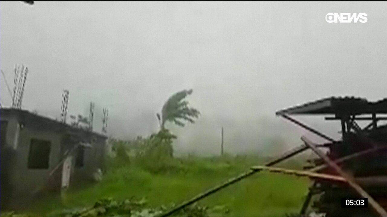 Dezenas de pessoas morrem em passagem de tempestade tropical nas Filipinas