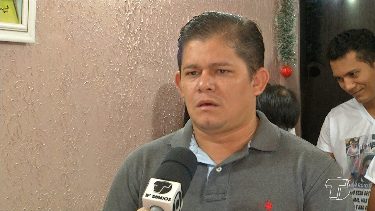 Familiares cobram documentação de vítimas do rebocador para a realização de velórios