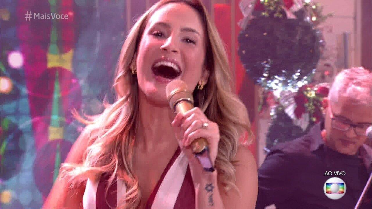 Claudia Leitte canta 'Tá que Tá'