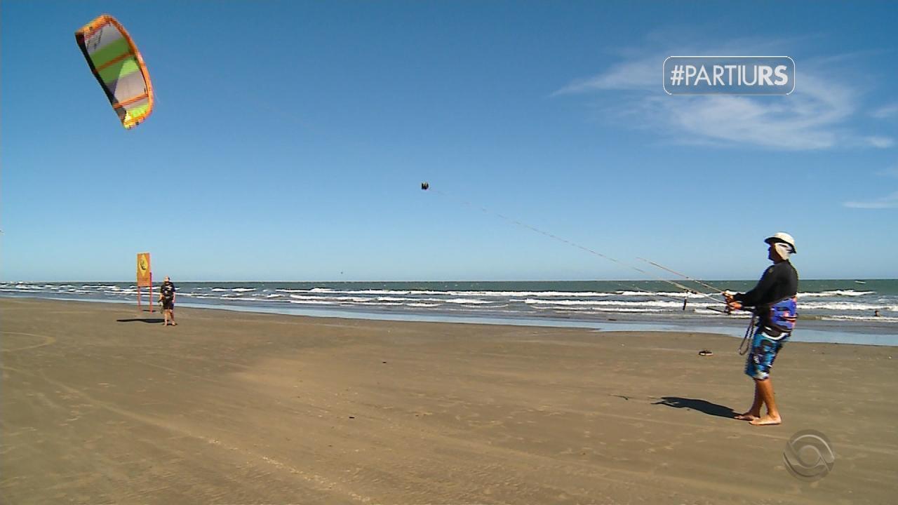 #PartiuRS: praia do Cassino é cenário para praticar esportes náuticos