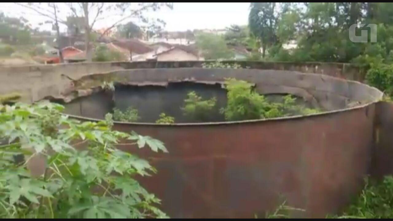 Caixa d'água abandonada oferece perigo a moradores do Samambaia, em Praia Grande