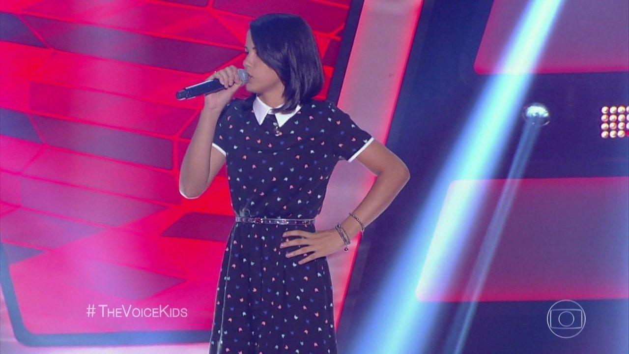 Allyne Conrado canta 'Esse Tal de Rock Enrow'