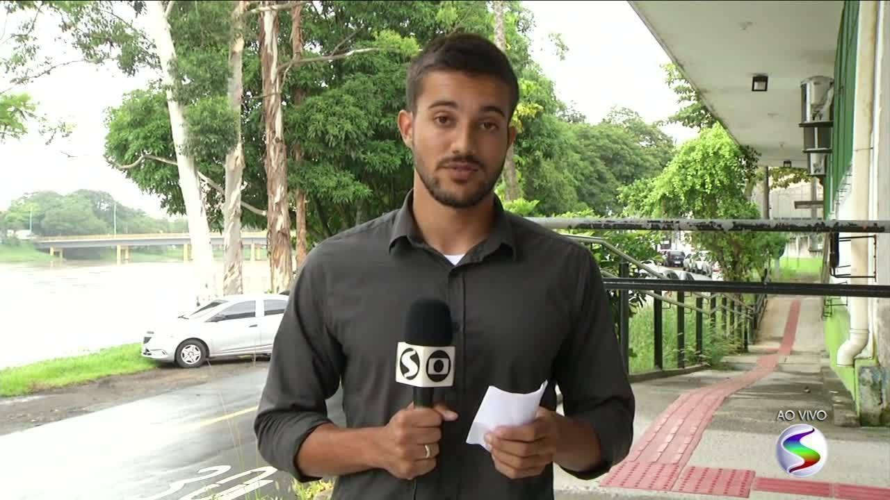 Bandidos armados invadem Santa Casa de Resende, RJ, em busca de homem baleado