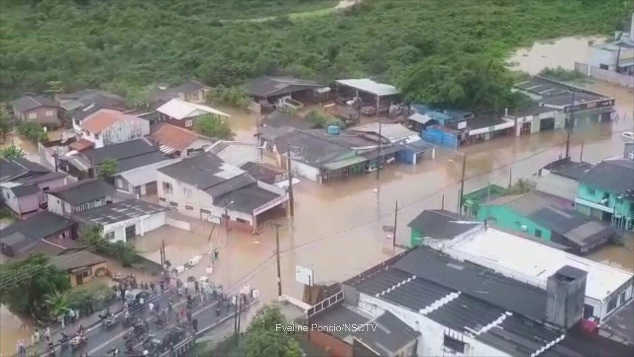 Veja a situação do Rio Tavares, em Florianópolis