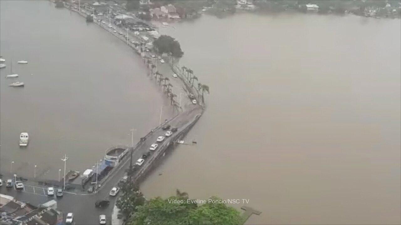 Imagens aéreas da Avenida das Rendeiras, em Florianópolis