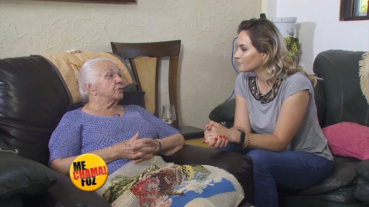 Conheça a artesã de 92 anos que faz lindos bordados em tela, no Me Chama Foz
