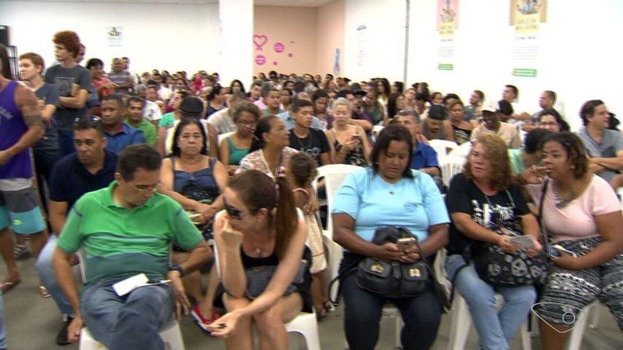 Fila da biometria causa espera de até sete horas em Vila Velha, ES