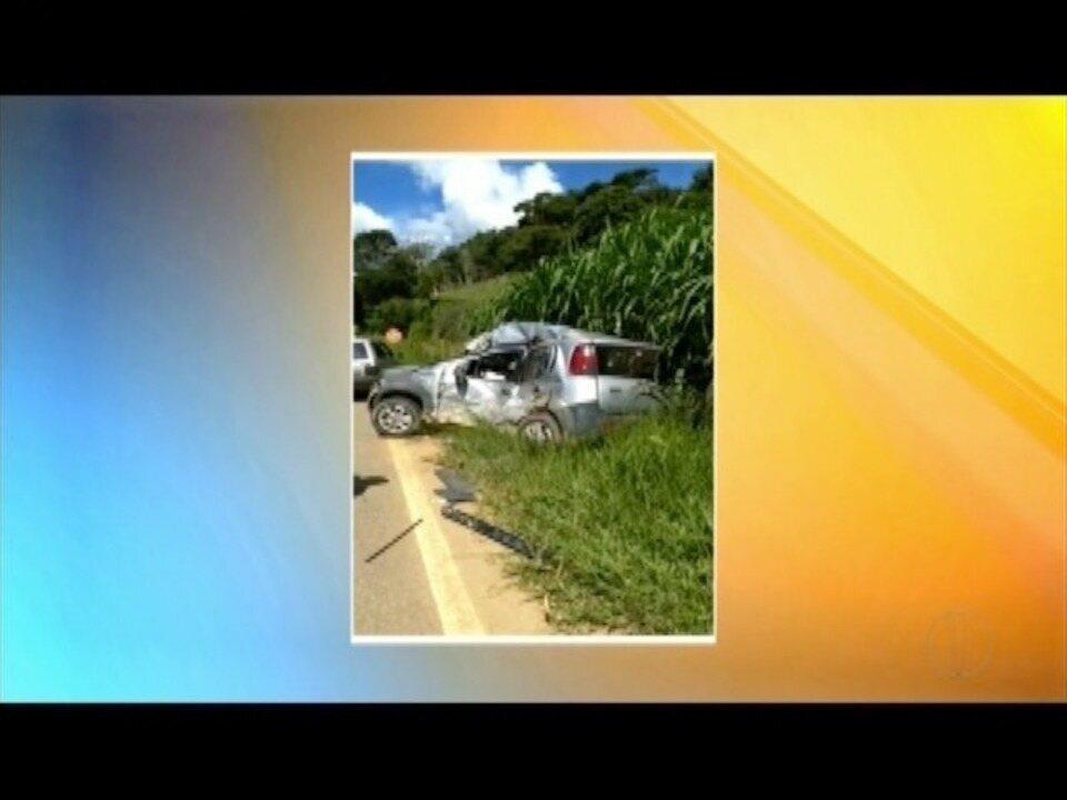 Homem de 73 anos morre na BR 259 em Sardoá, após bater em um caminhão