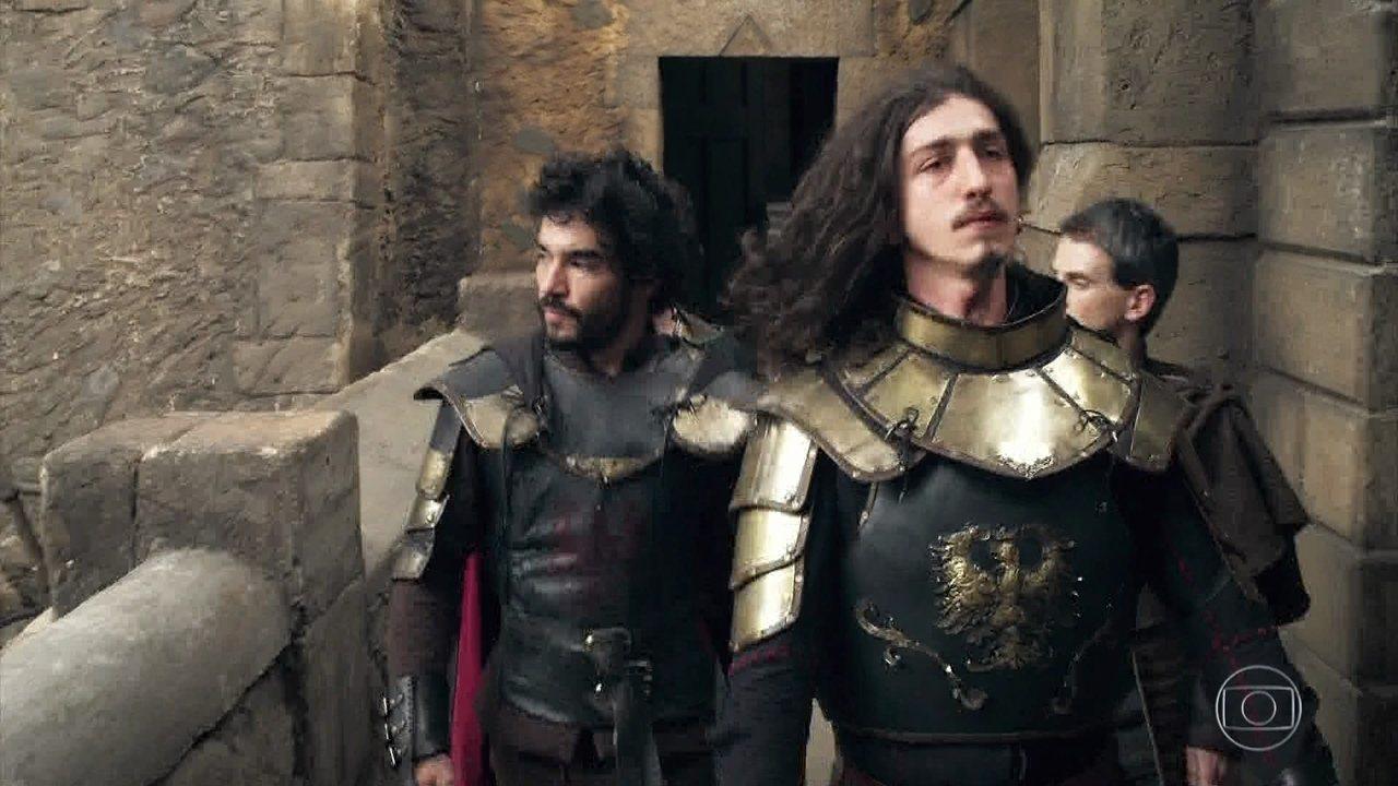 Cássio acompanha o príncipe Rodolfo até a Academia Militar