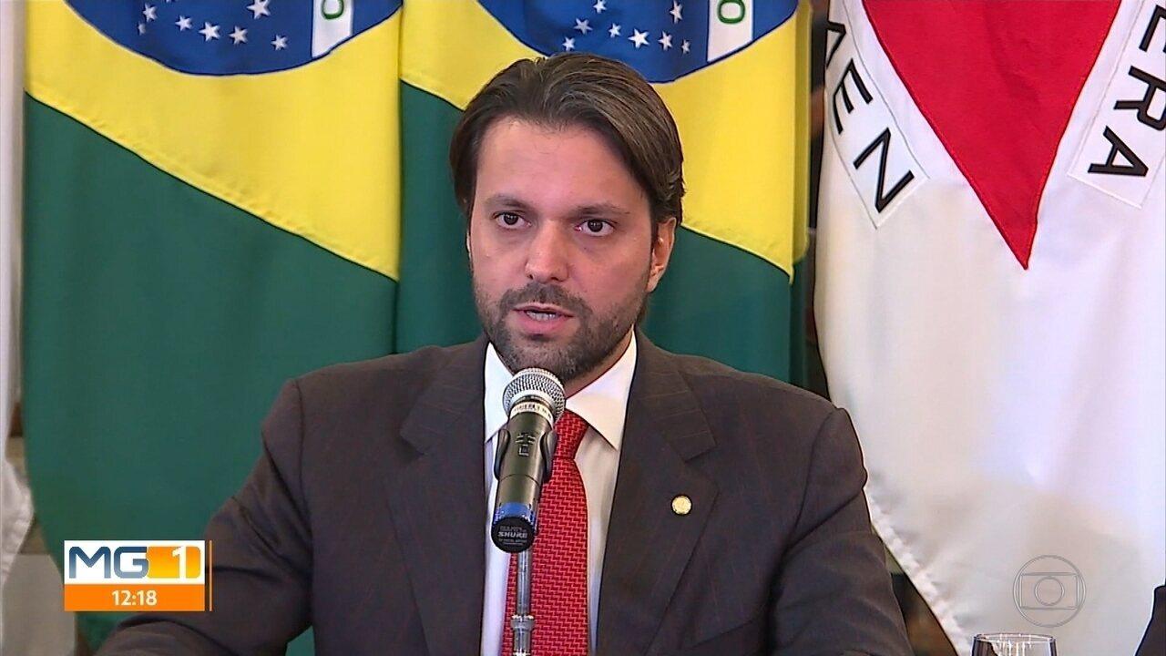 Kalil pede ajuda a ministro das Cidades para obras que somam R$ 1 bi para Belo Horizonte