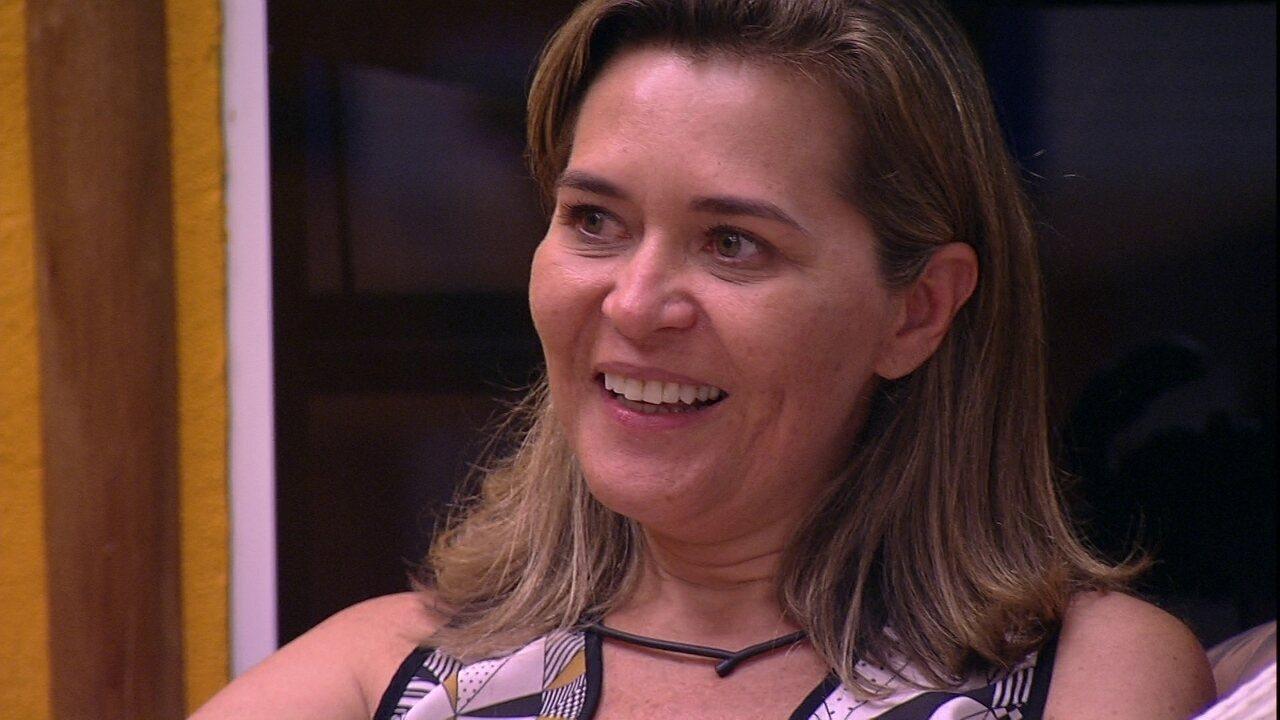 Eva elogia Tiago Leifert: 'Ele é muito fofo'