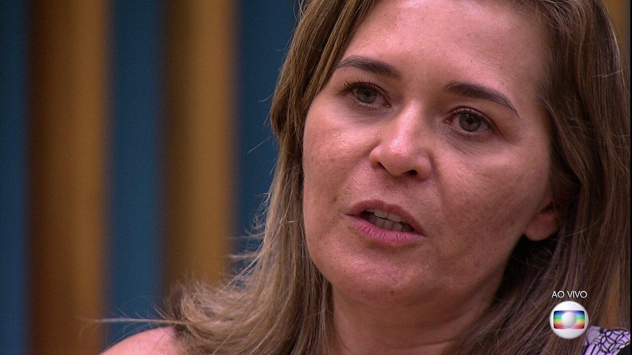 Eva sobre Ayrton: 'É uma pessoa muito carinhosa'