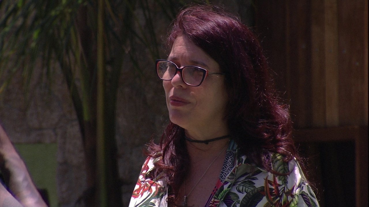 Mara conta para Viegas: 'Hoje eu não moro mais em São Paulo não'