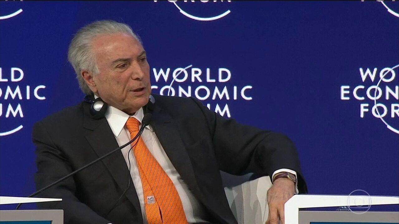 Michel Temer discursa para plateia metade vazia no Fórum Econômico Mundial